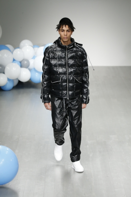 what-we-wear-aw18-look-3