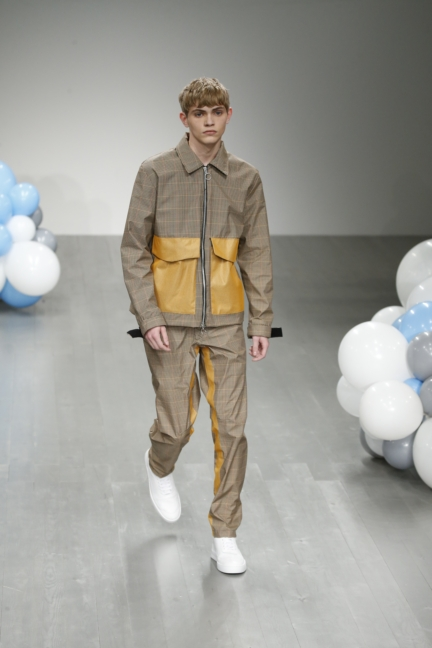 what-we-wear-aw18-look-9