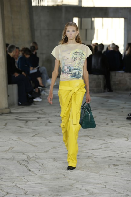 loewe-paris-fashion-week-spring-summer-2015-13