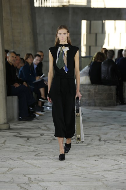loewe-paris-fashion-week-spring-summer-2015-2