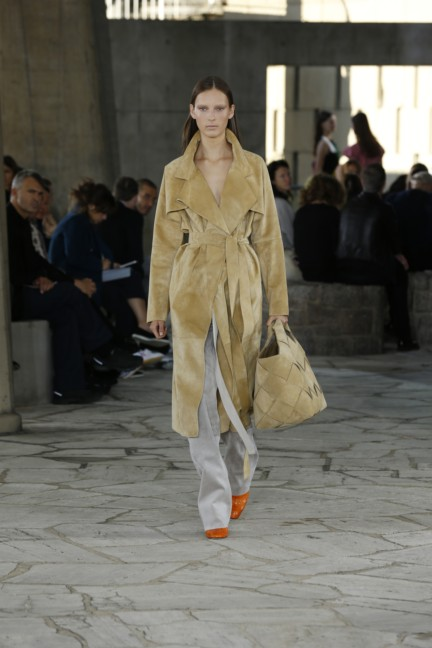 loewe-paris-fashion-week-spring-summer-2015-23