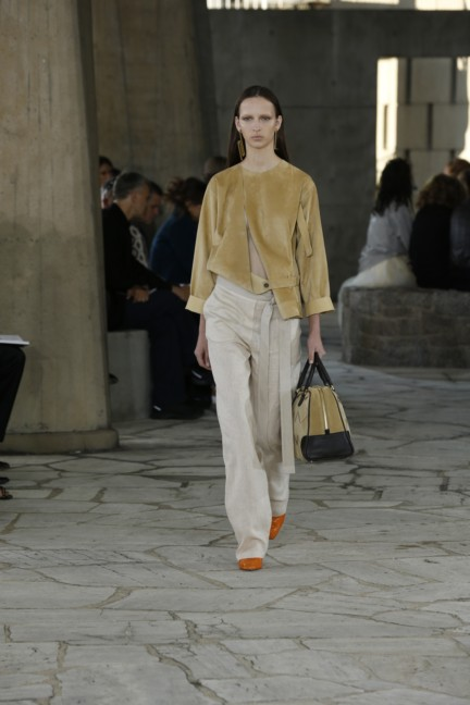 loewe-paris-fashion-week-spring-summer-2015-31