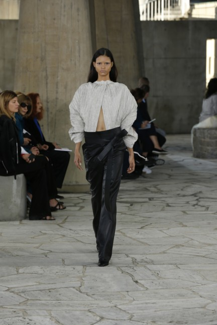 loewe-paris-fashion-week-spring-summer-2015-34