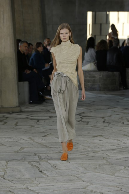 loewe-paris-fashion-week-spring-summer-2015-8