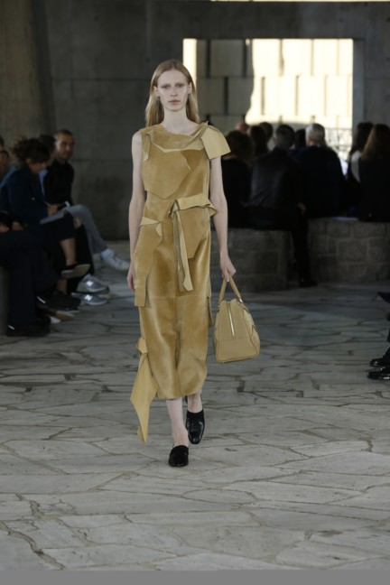 loewe-paris-fashion-week-spring-summer-2015