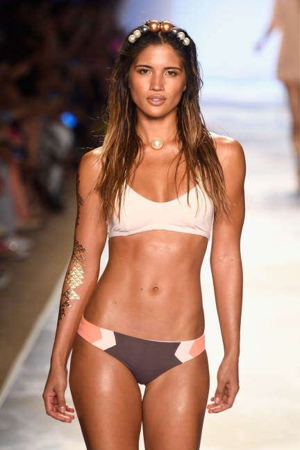 lspace-mercedes-benz-fashion-week-miami-swim-spring-summer-2015-10