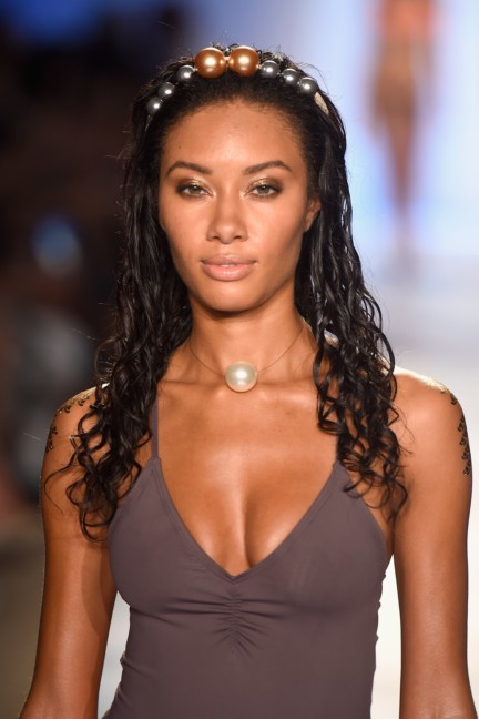 lspace-mercedes-benz-fashion-week-miami-swim-spring-summer-2015-14