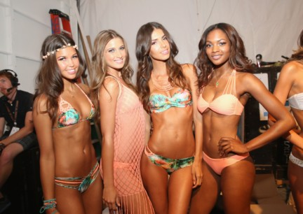 luli-fama-mercedes-benz-fashion-week-miami-swim-2015-backstage-66