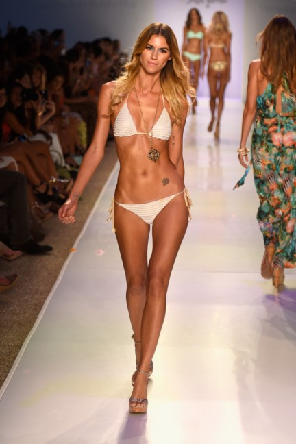 luli-fama-mercedes-benz-fashion-week-miami-swim-2015-runway-12