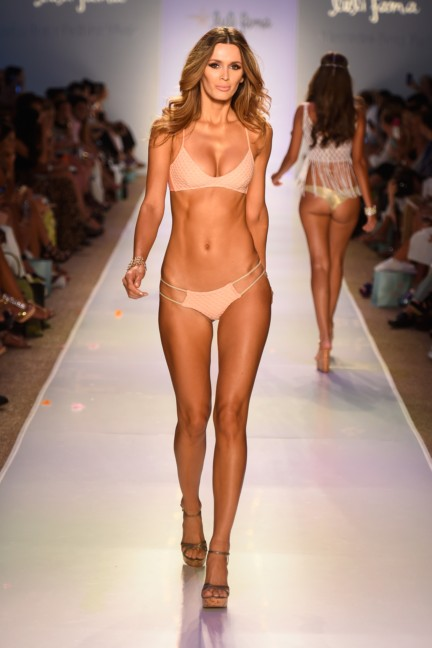 luli-fama-mercedes-benz-fashion-week-miami-swim-2015-runway-15