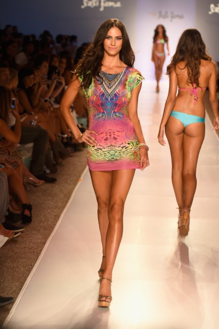 luli-fama-mercedes-benz-fashion-week-miami-swim-2015-runway-69