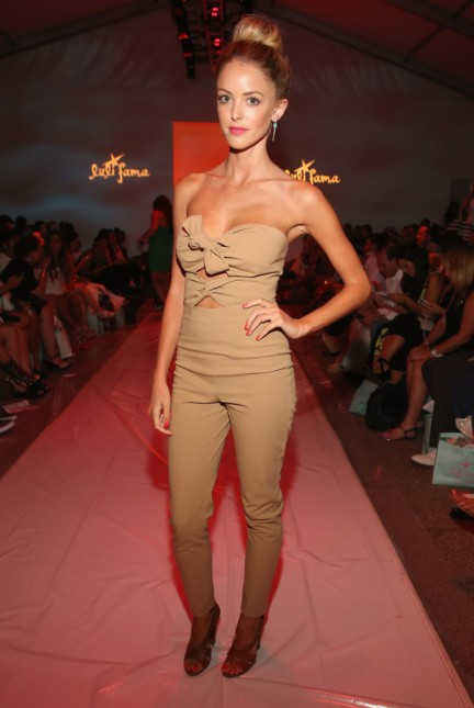 luli-fama-mercedes-benz-fashion-week-miami-swim-2015-front-row-18