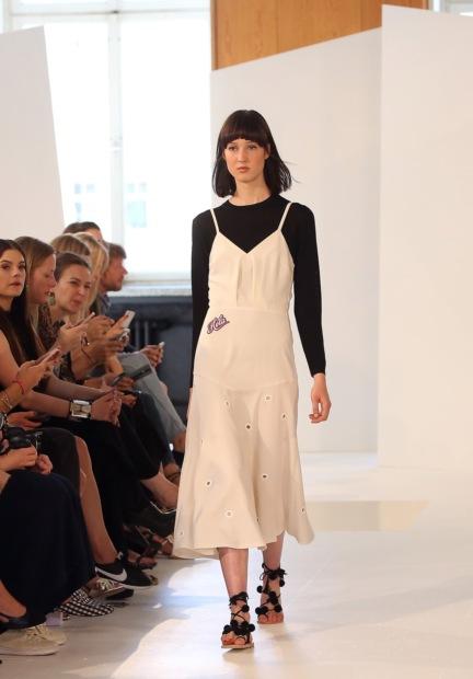 ss-2017_fashion-week-berlin_de_0002_malakairaiss_65441