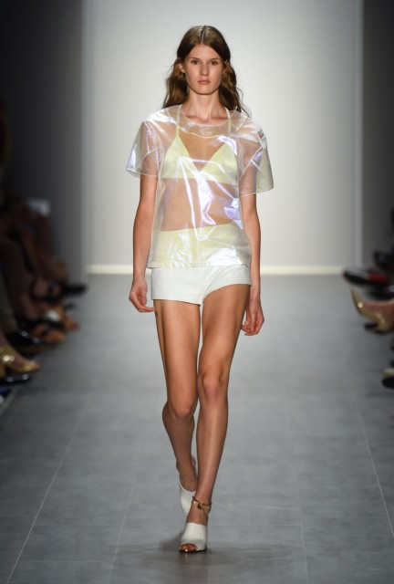 malaikaraiss-mercedes-benz-fashion-week-berlin-spring-summer-2015-12