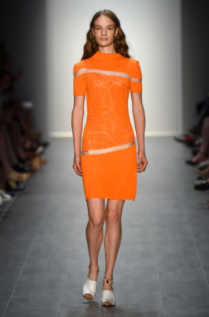 malaikaraiss-mercedes-benz-fashion-week-berlin-spring-summer-2015-14