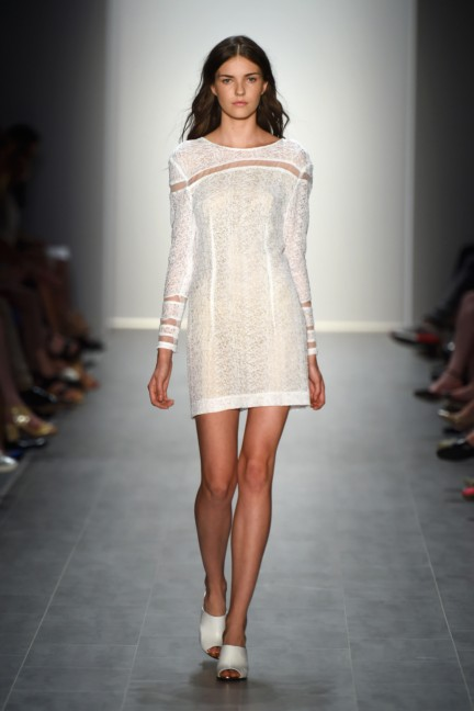 malaikaraiss-mercedes-benz-fashion-week-berlin-spring-summer-2015-15