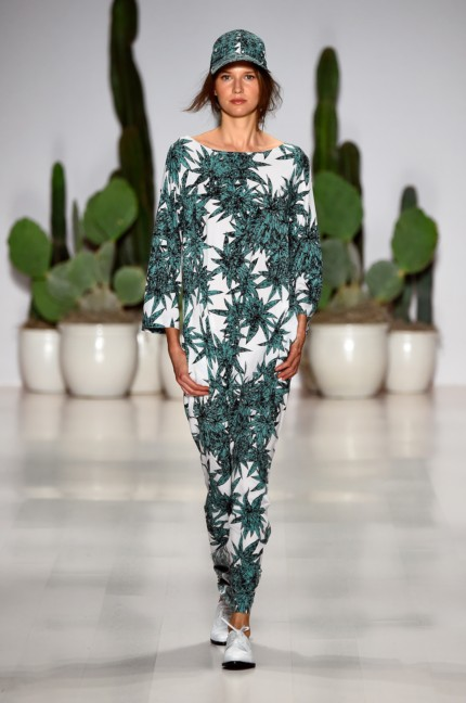 mara-hoffman-new-york-fashion-week-spring-summer-2015-runway-4