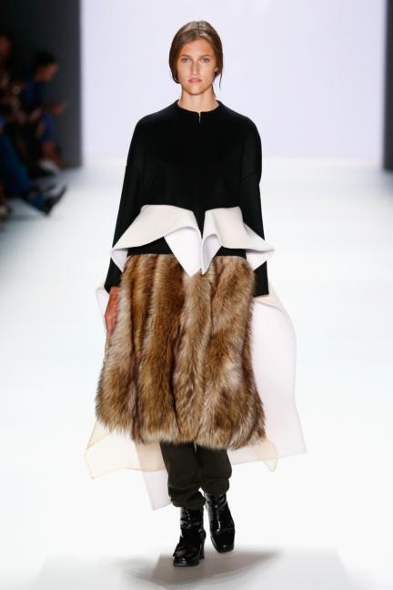 ss-2016_fashion-week-berlin_de_annelie-schubert_57783
