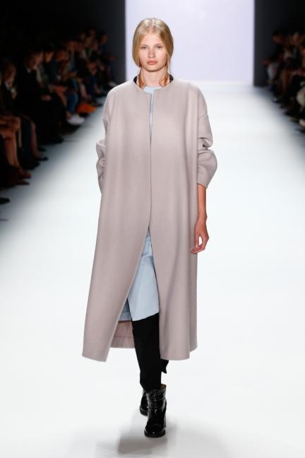 ss-2016_fashion-week-berlin_de_annelie-schubert_57786