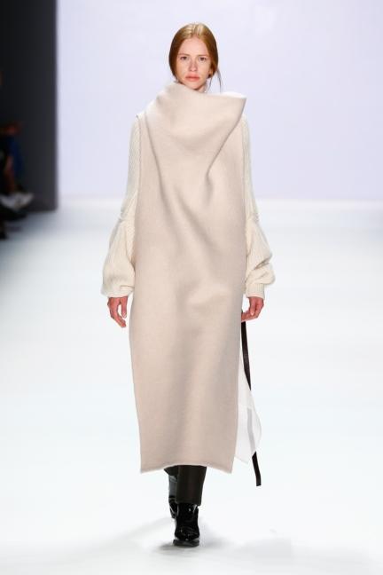ss-2016_fashion-week-berlin_de_annelie-schubert_57788