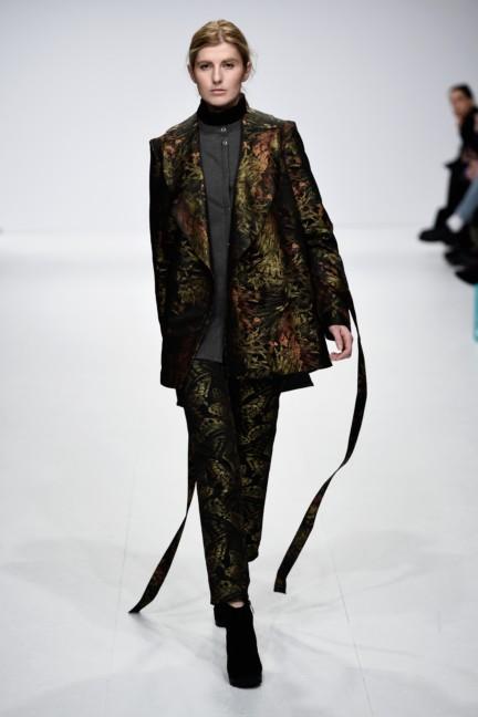 aw-2015_fashion-week-berlin_de_barre-noire_53871