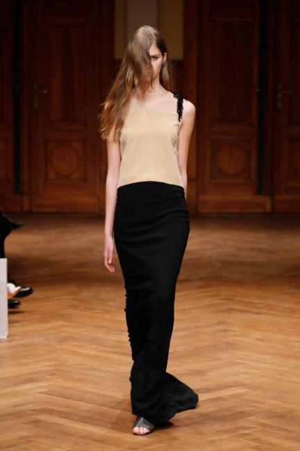 aw-2015_fashion-week-berlin_de_dorothee-schumacher_54407