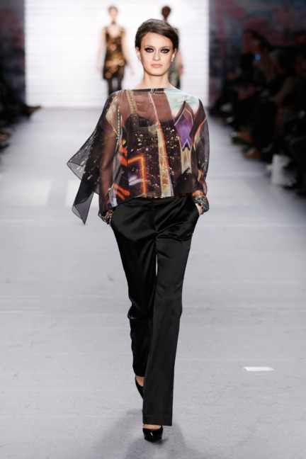 aw-2015_fashion-week-berlin_de_marc-cain_54132
