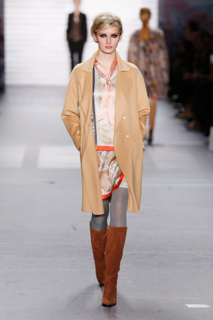 aw-2015_fashion-week-berlin_de_marc-cain_54144