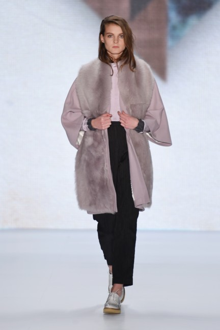 aw-2015_fashion-week-berlin_de_paper-london_54481