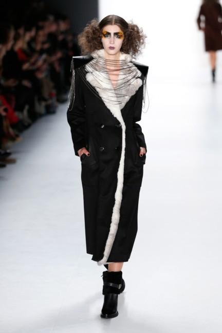 aw-2015_fashion-week-berlin_de_rebekka-ruetz_53966