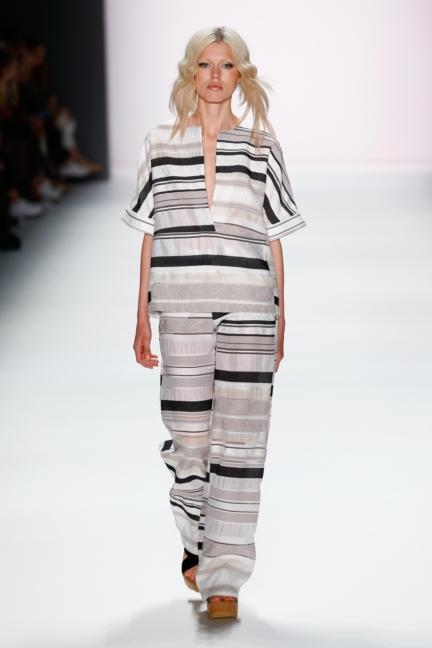ss-2016_fashion-week-berlin_de_barre-noire_57850