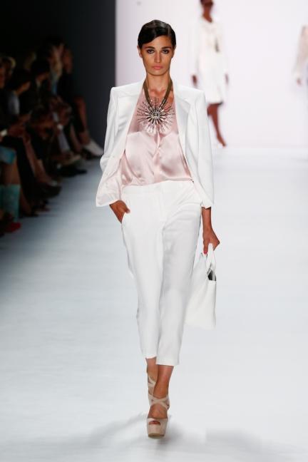 ss-2016_fashion-week-berlin_de_guido-maria-kretschmer_57442
