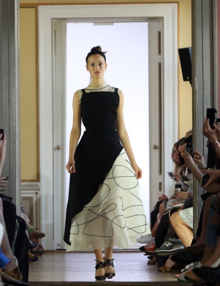 ss-2016_fashion-week-berlin_de_malaikaraiss_58029