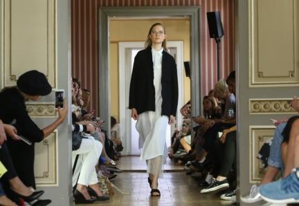 ss-2016_fashion-week-berlin_de_malaikaraiss_58030