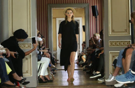 ss-2016_fashion-week-berlin_de_malaikaraiss_58034