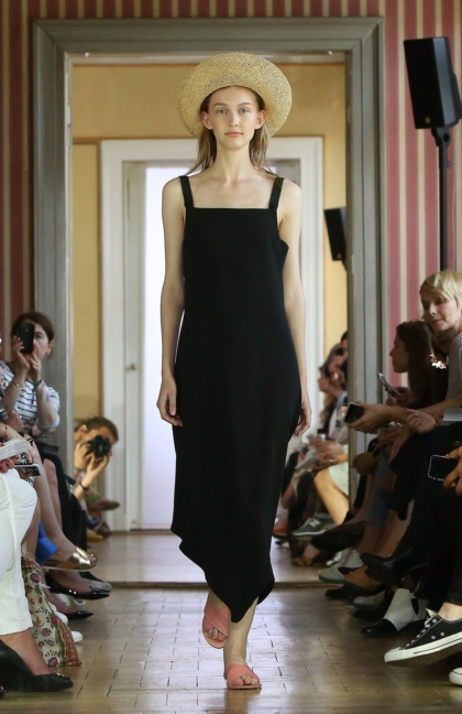 ss-2016_fashion-week-berlin_de_malaikaraiss_58036