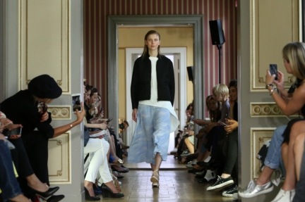 ss-2016_fashion-week-berlin_de_malaikaraiss_58039