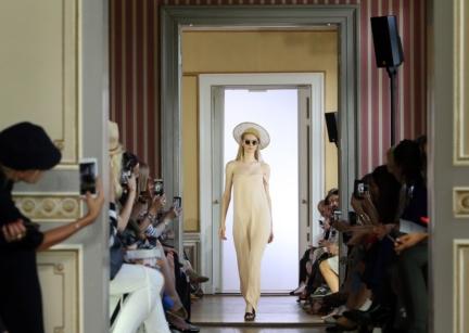 ss-2016_fashion-week-berlin_de_malaikaraiss_58041