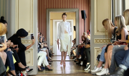 ss-2016_fashion-week-berlin_de_malaikaraiss_58043