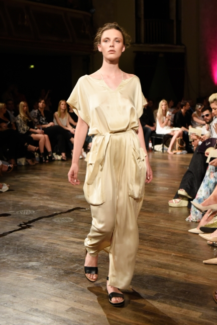 ss-2016_fashion-week-berlin_de_marcel-ostertag_56612