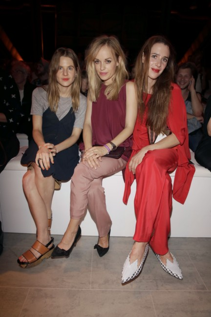 ss-2015_fashion-week-berlin_de_aino-laberenz-friederike-kempter-and-julia-malik_47091