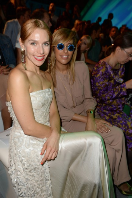 ss-2015_fashion-week-berlin_de_julia-dietze-and-senna-guemmour_48514