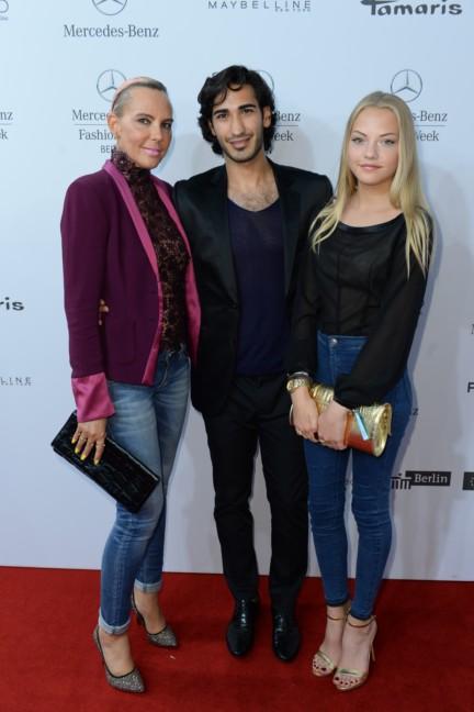 ss-2015_fashion-week-berlin_de_natascha-ochsenknecht-with-boyfriend-and-daughter_48551