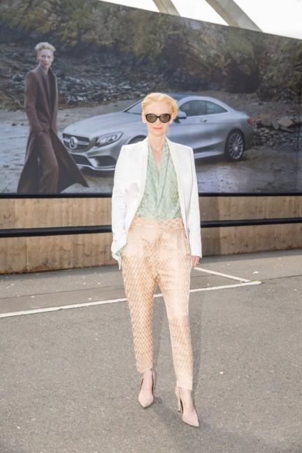 ss-2015_fashion-week-berlin_de_tilda-swinton_48588