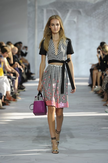 diane-von-furstenberg-new-york-fashion-week-spring-summer-2014-runway-14