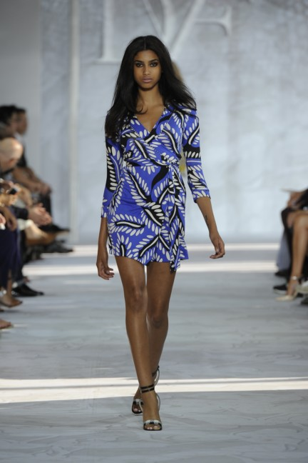 diane-von-furstenberg-new-york-fashion-week-spring-summer-2014-runway-28