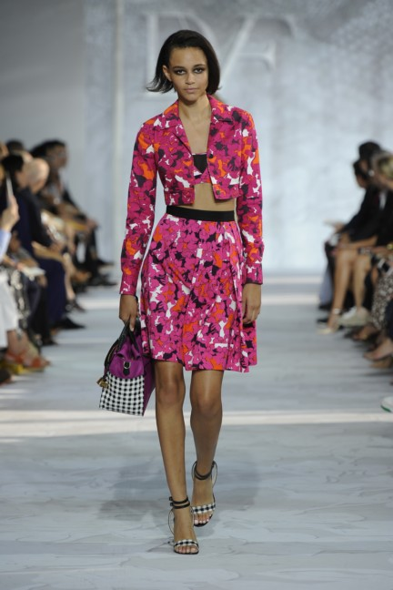 diane-von-furstenberg-new-york-fashion-week-spring-summer-2014-runway-33