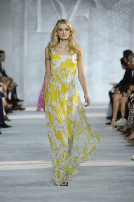 diane-von-furstenberg-new-york-fashion-week-spring-summer-2014-runway-34