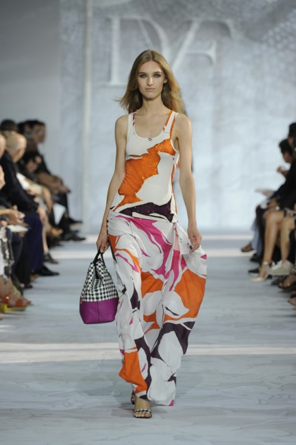 diane-von-furstenberg-new-york-fashion-week-spring-summer-2014-runway-36