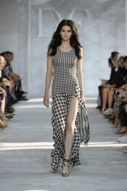 diane-von-furstenberg-new-york-fashion-week-spring-summer-2014-runway-8